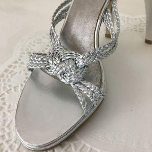 Enzo Angiolini Metallic Silver Slides Sandals Sz 6